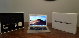 Rare 2015 - 2016 13 Macbook Air 1.  6ghz - 2.  7ghz I5 8gb 128gb Box Bundle A,