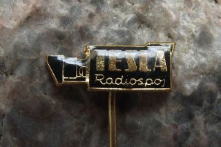 Antique Tesla Radiospoj Tko 402 Vintage Tv & Radio Movie Camera Shaped Pin Badge