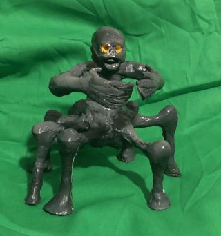 Vinegar Syndrome Die - O - Rama 1 Spider Beast Statue,  Extremely Rare,  Horror