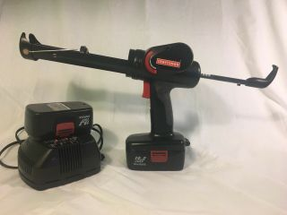 Rare Craftsman 19.  2v Cordless Caulk Gun/batteries/charger C3 315.  115960