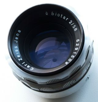 Rare M42 Screw Mount Carl Zeiss Jena Biotar 58mm F/2 Fast Prime Portrait Lens