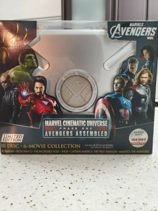 Marvel Cinematic Universe Phase 1 Set - Avengers - Blu - Ray Suitcase - Rare & Oop